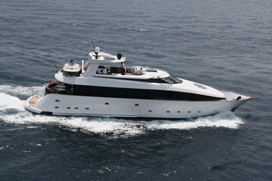 L'or Cannes Yachts Charter